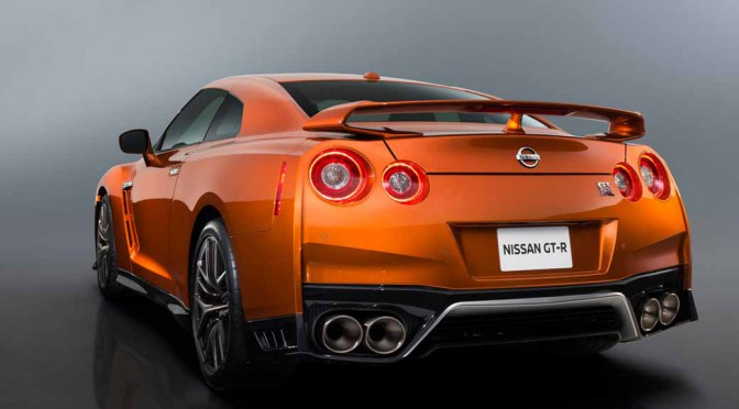 nissan-motor-co-ltd-the-leading-showcase-also-the-nissan-gt-r-2017-model-year-in-yokohama-headquarters-of-japan20160401-1