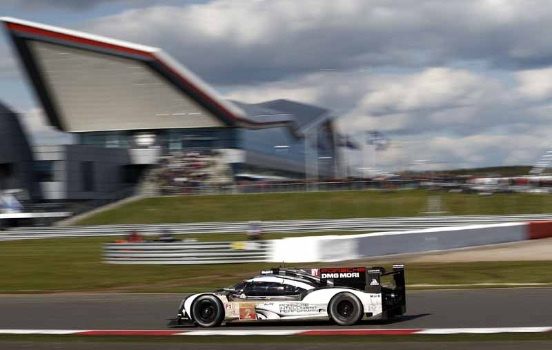 opening-game-full-of-action-porsche-919-hybrid-the-provisional-winner-in-second-place-finish20160425-12