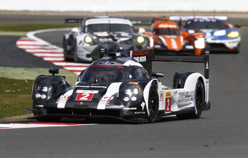 opening-game-full-of-action-porsche-919-hybrid-the-provisional-winner-in-second-place-finish20160425-15