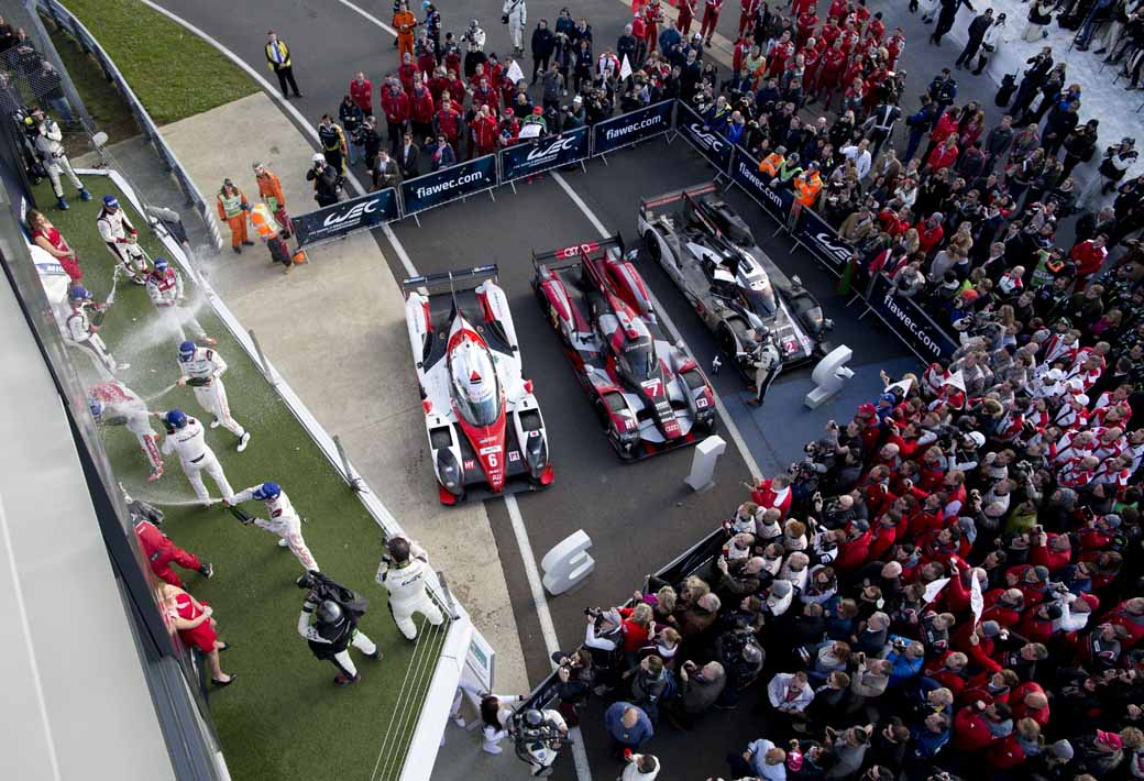 opening-game-full-of-action-porsche-919-hybrid-the-provisional-winner-in-second-place-finish20160425-8