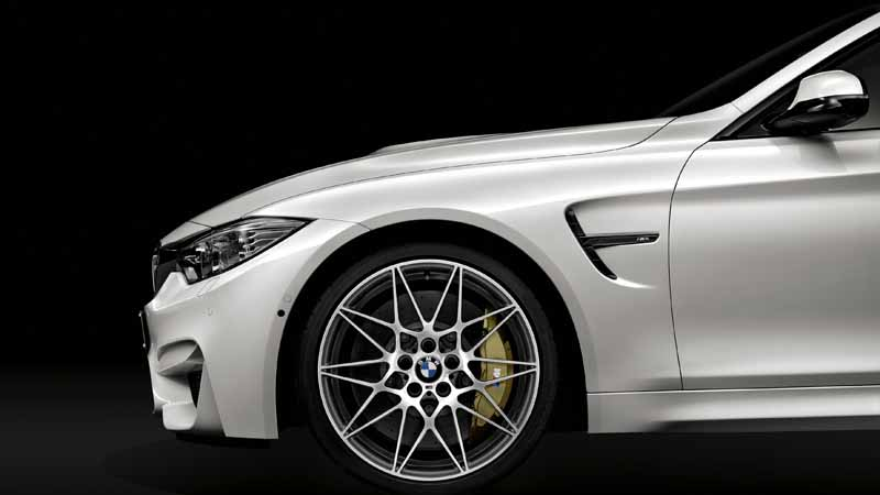 setting-options-to-competition-package-of-the-bmw-m3-sedan-m4-coupe20160418-2