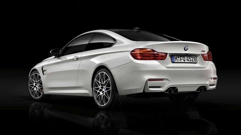 setting-options-to-competition-package-of-the-bmw-m3-sedan-m4-coupe20160418-4