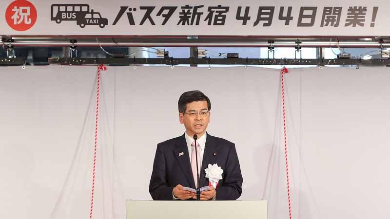 shinjuku-south-exit-transportation-terminal-busta-shinjuku-april-4-opening20160404-1