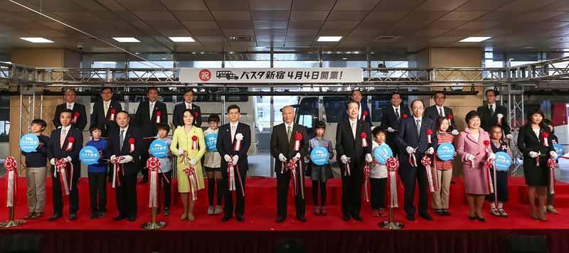 shinjuku-south-exit-transportation-terminal-busta-shinjuku-april-4-opening20160404-2