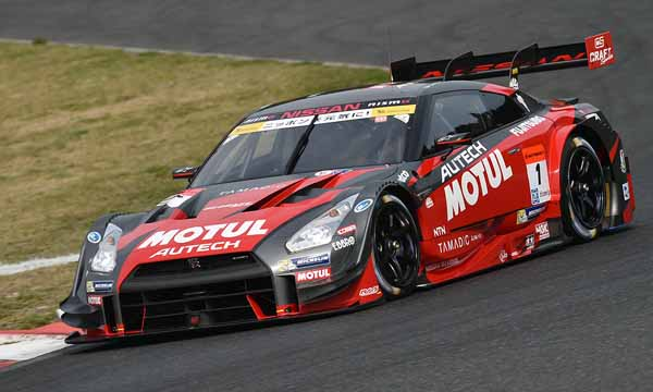super-gt-first-leg-and-okayama-the-motul-autech-gt-r-win-the-fierce-battle20160411-15