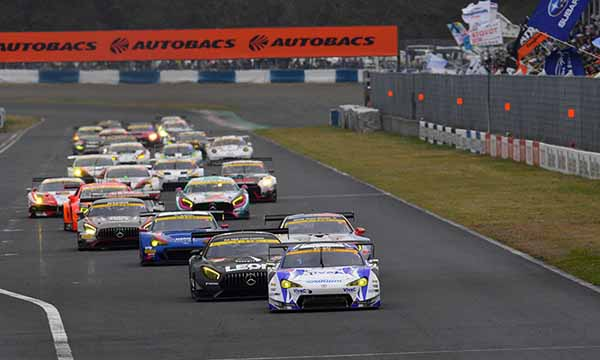 super-gt-first-leg-and-okayama-the-motul-autech-gt-r-win-the-fierce-battle20160411-43