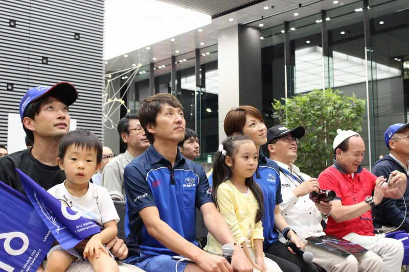 super-gt-first-match-kicked-off-subaru-public-viewing-april-10-sunday-held20160409-1