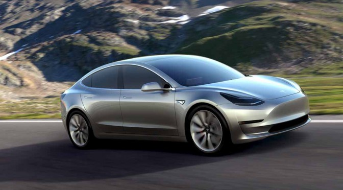 Tesla Model3(テスラ モデル3)遂に登場、価格は3万5000ドル(390万円)