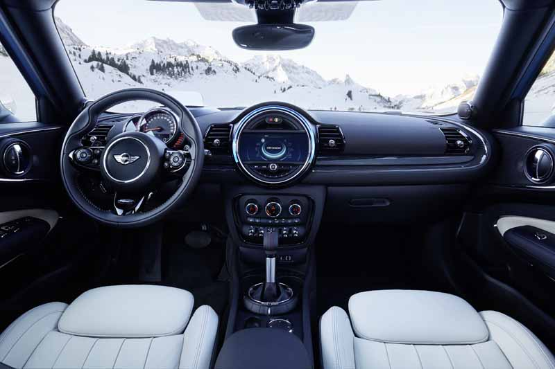 the-mini-clubman-one-club-man-and-cooper-s-club-man-all-four-additional20160419-5