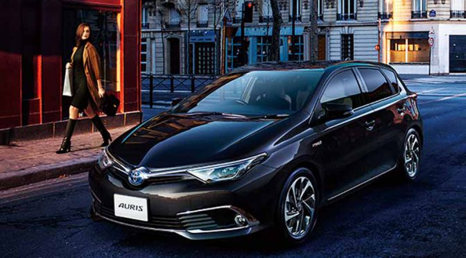 toyota-established-a-new-hybrid-grade-to-auris-expand-the-hv-to-18-models20160418-5
