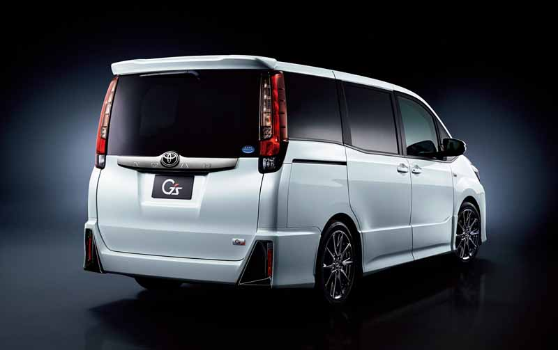 toyota-motor-corp-set-the-gs-of-the-voxy-and-noah20160420-6