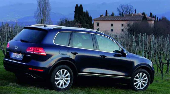 volkswagen-vw-touareg-v6-3-0-hybrid-electrical-devices-water-release-valve-recall-notification20160420-3