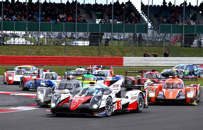 wec-opener-and-the-uk-silverstone-6-hours-audi-victory-toyota-third-place20160418-97