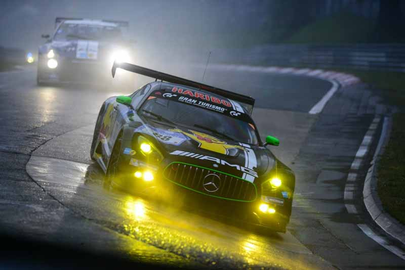 44th-nurburgring-24-hour-race-2016-final-mercedes-camp-is-higher-monopoly20160530-10