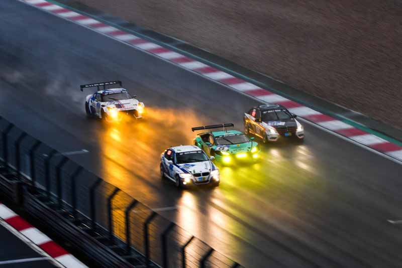 44th-nurburgring-24-hour-race-2016-final-mercedes-camp-is-higher-monopoly20160530-19