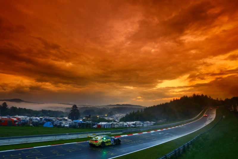 44th-nurburgring-24-hour-race-2016-final-mercedes-camp-is-higher-monopoly20160530-7