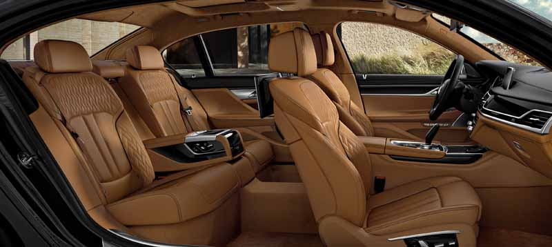 70-cars-limited-bmw7-series-celebration-edition-individual-is-released20160526-4
