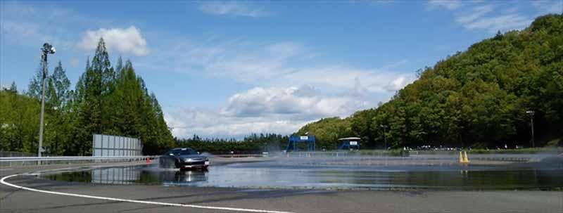 atlantic-cars-racing-skills-training-was-held-symbol20160503-3