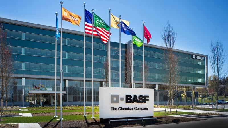 basf-and-volkswagen-the-start-of-the-recruitment-of-the-5th-science-award-electro-chemistry-award20160510-10