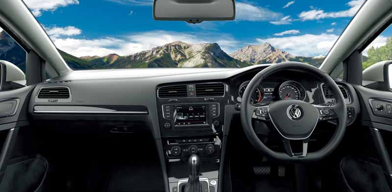 volkswagen-aims-to-customer-acquisition-in-equipment-completion-of-polo-·-golf-·-golf-variant20160517-7