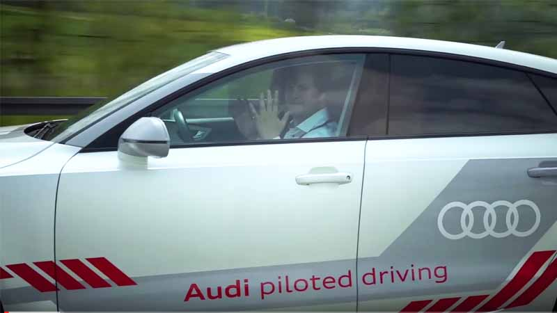 demonstrate-a-high-degree-of-social-audi-of-research-vehicle-jack-is-the-autobahn-9-line20160526-5