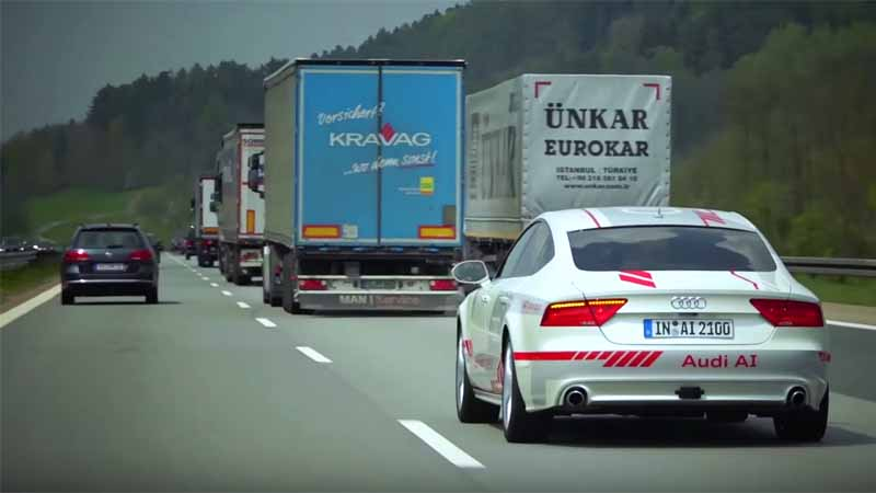 demonstrate-a-high-degree-of-social-audi-of-research-vehicle-jack-is-the-autobahn-9-line20160526-6