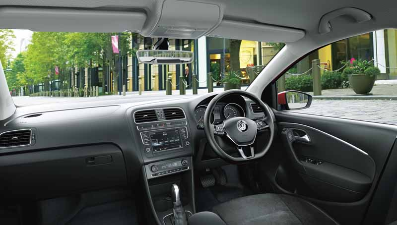 volkswagen-aims-to-customer-acquisition-in-equipment-completion-of-polo-·-golf-·-golf-variant20160517-5