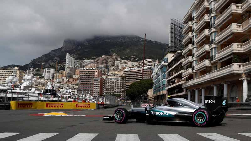 f1-monaco-gp-qualifying-followed-by-mercedes-urged-the-pp-ricardo-honda-camp-10-13th20160529-37