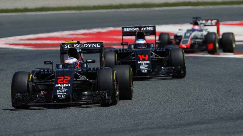 f1-spain-gp-finals-fell-sutta-pen-is-the-youngest-winner-at-the-age-of-18-mercedes-self-defeating-alonso-retired20160516-12