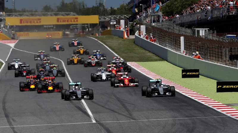 f1-spain-gp-finals-fell-sutta-pen-is-the-youngest-winner-at-the-age-of-18-mercedes-self-defeating-alonso-retired20160516-3