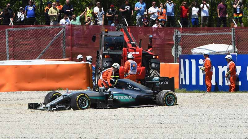 f1-spain-gp-finals-fell-sutta-pen-is-the-youngest-winner-at-the-age-of-18-mercedes-self-defeating-alonso-retired20160516-40