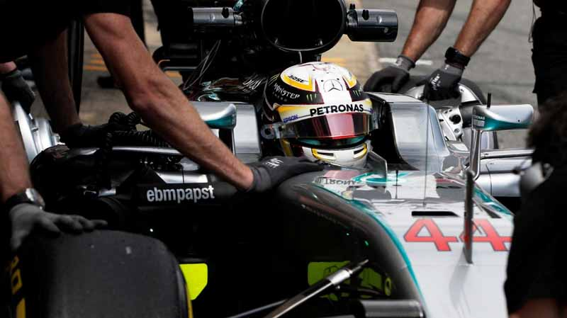 f1-spanish-gp-qualifying-pp-hamilton-10-12th-in-the-first-q3-passing-honda-camp20160515-4