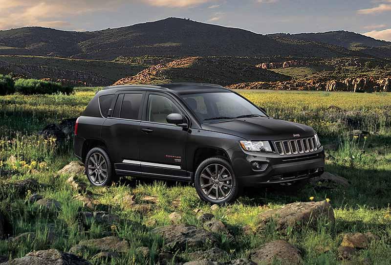fca-japan-limited-jeep-75th-anniversary-3-model-sales-start20160501-20
