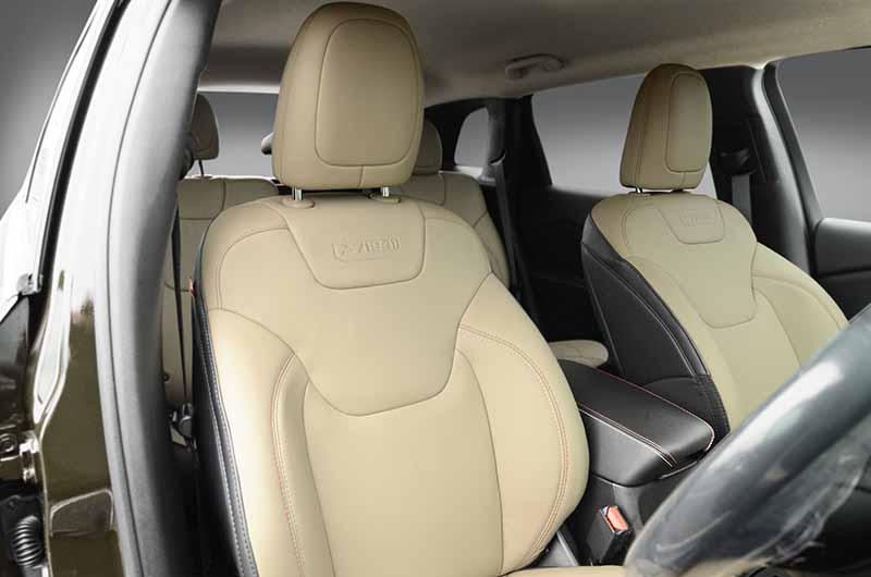 fca-japan-limited-jeep-75th-anniversary-3-model-sales-start20160501-25