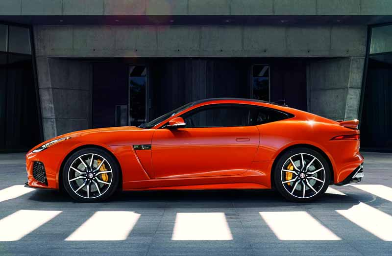 jaguar-history-the-fastest-orders-start-of-a-powerful-f-type-svr20160521-14