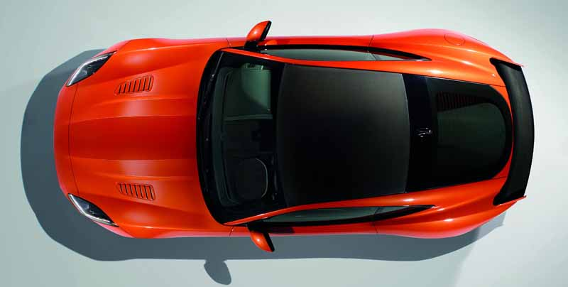 jaguar-history-the-fastest-orders-start-of-a-powerful-f-type-svr20160521-4