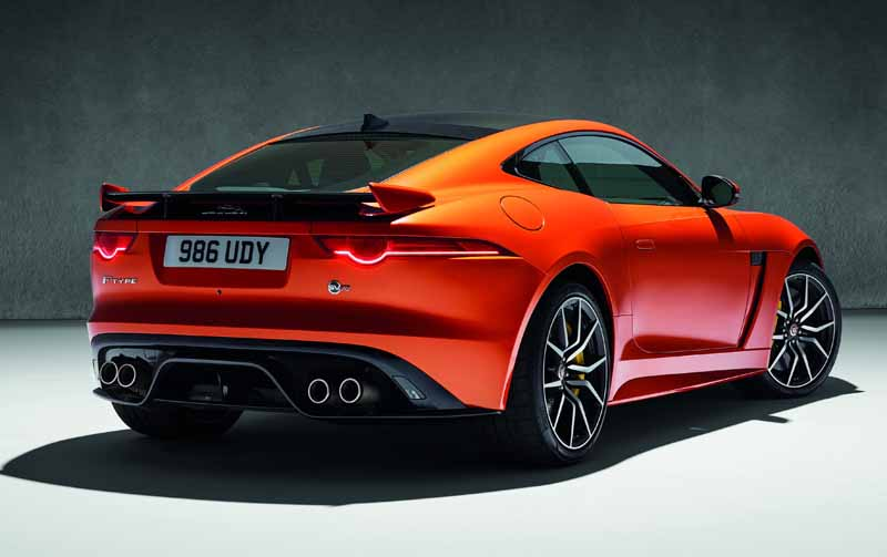 jaguar-history-the-fastest-orders-start-of-a-powerful-f-type-svr20160521-5