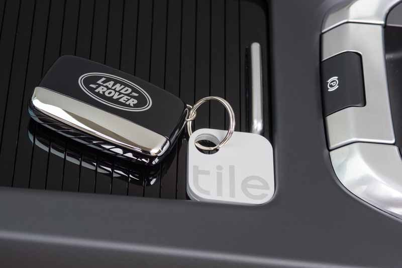 land-rover-new-equipped-with-a-left-something-prevention-tag-function-to-discovery-sport20160503-7