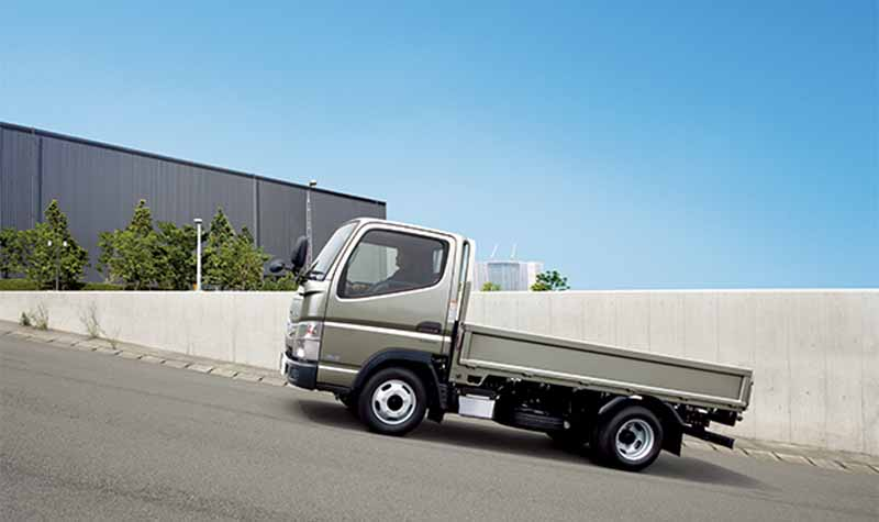 mitsubishi-fuso-new-small-truck-canter-announcement-realizing-a-fuel-saving-of-the-national-top-level20160501-11