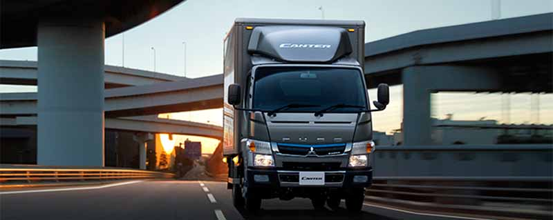 mitsubishi-fuso-new-small-truck-canter-announcement-realizing-a-fuel-saving-of-the-national-top-level20160501-19