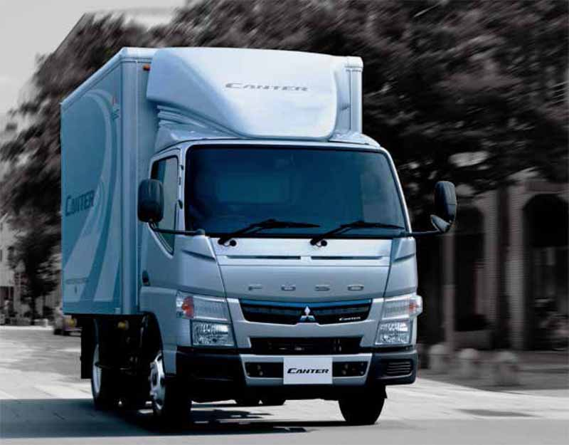 mitsubishi-fuso-new-small-truck-canter-announcement-realizing-a-fuel-saving-of-the-national-top-level20160501-22