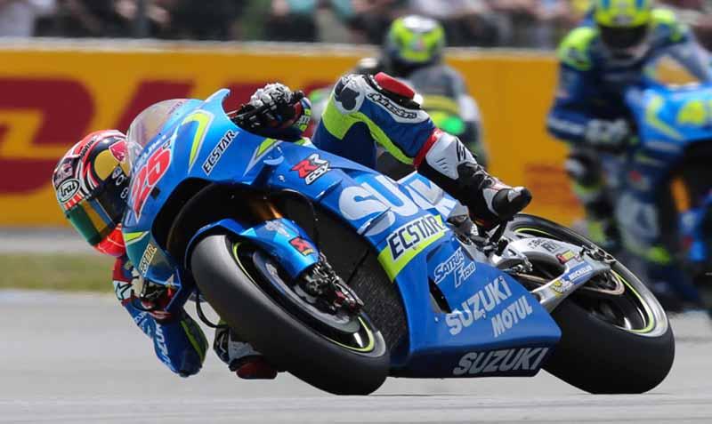 motogp-round-5-france-emerged-as-championship-leader-lorenzo-in-the-second-victory-this-season-podium-suzuki-8-years20160512-4