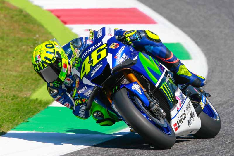 motogp-round-6-italy-lead-runaway-lorenzo-is-in-season-3-win-narrow-margin-in-second-place-marquez20160523-11