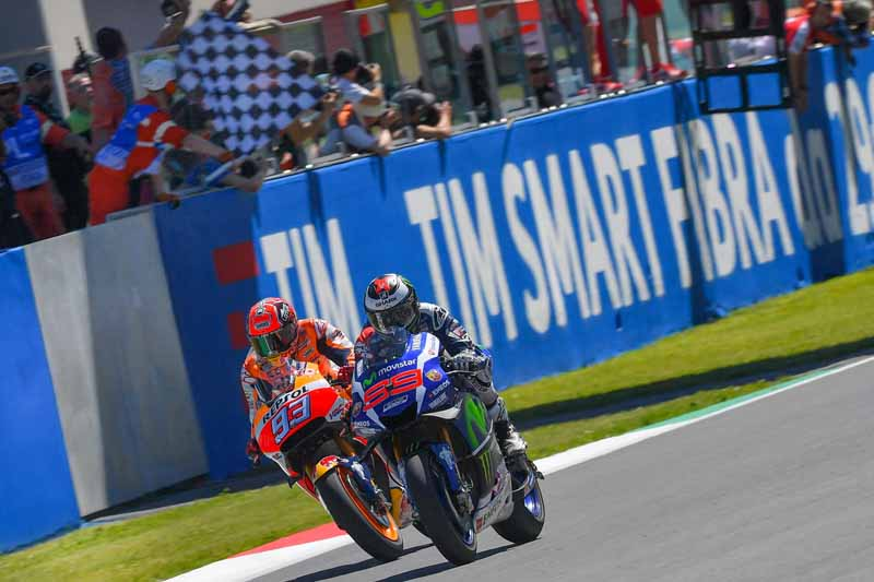 motogp-round-6-italy-lead-runaway-lorenzo-is-in-season-3-win-narrow-margin-in-second-place-marquez20160523-4