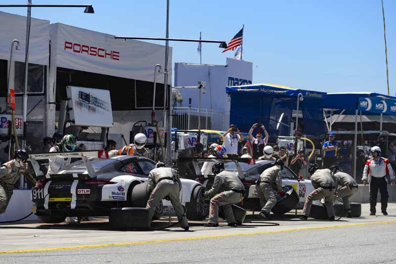 porsche-third-place-in-the-us-imsa-weather-tech-sports-car-championship-round-420160506-8