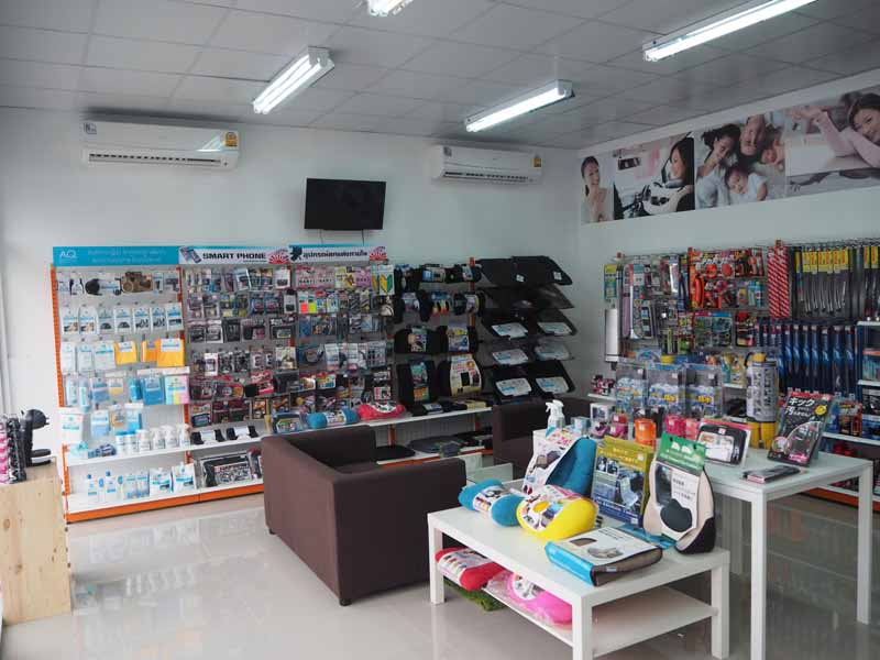 seven-stores-first-in-the-kingdom-of-thailand-autobacs-jalan-store-new-open20160527-2