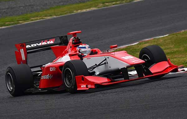 super-formula-2016-round-2-okayama-international-is-interrupted-by-heavy-rain-pp-ishiura-wins20160529-2