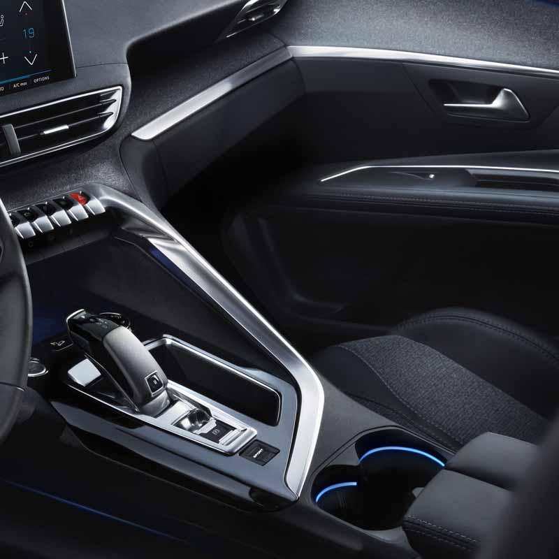 the-new-peugeot-3008-the-world-premiere-at-the-paris-motor-show-to-enter-the-c-suv-segment20160524-13
