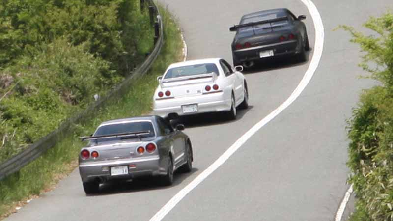 the-rb26dett-vehicles-equipped-with-three-than-ride-in-a-rental-package-start20160526-1