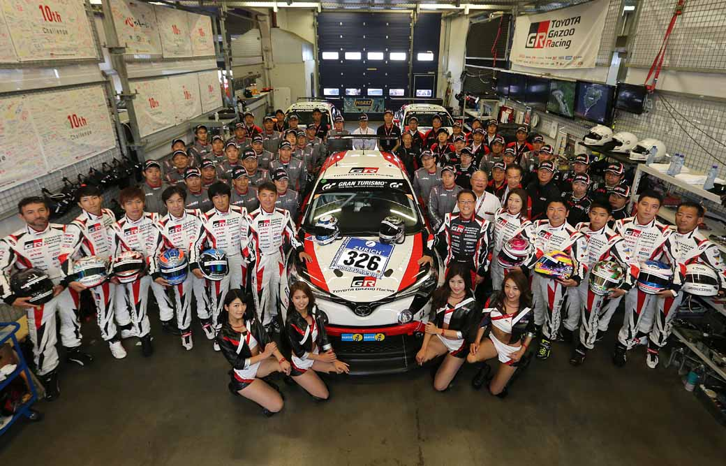 toyota-in-the-nurburgring-24-hour-endurance-is-c-hr-racing-and-lexus-rc-f-finish20160530-3